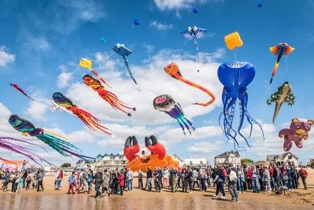 Un Festival de Cerf-volant en août : « Fil ou servolan »