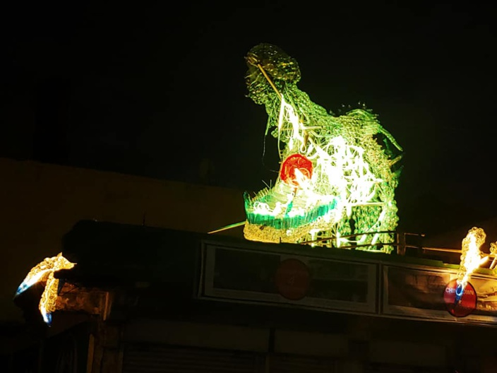 [Vidéo] Le plus grand Dragon de Chinatown a besoin de bouteilles et de bénévoles!