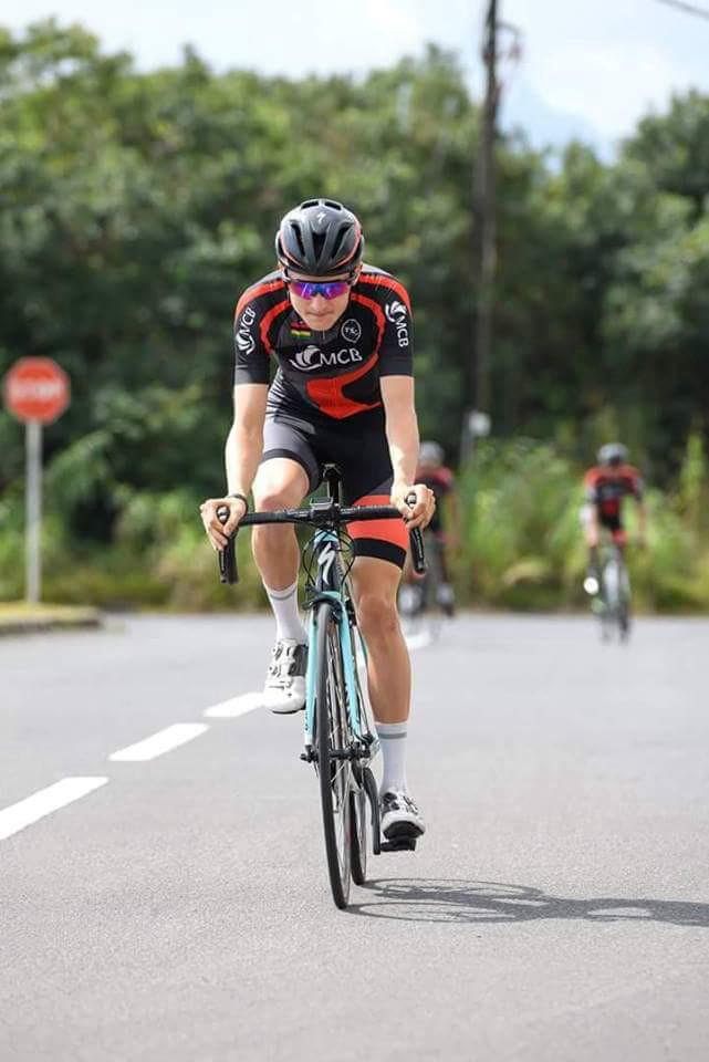 Tour Cycliste de la Réunion 2018 :La Team MCB remporte le contre-la-montre, Christophe Lagane enfile le maillot Jaune