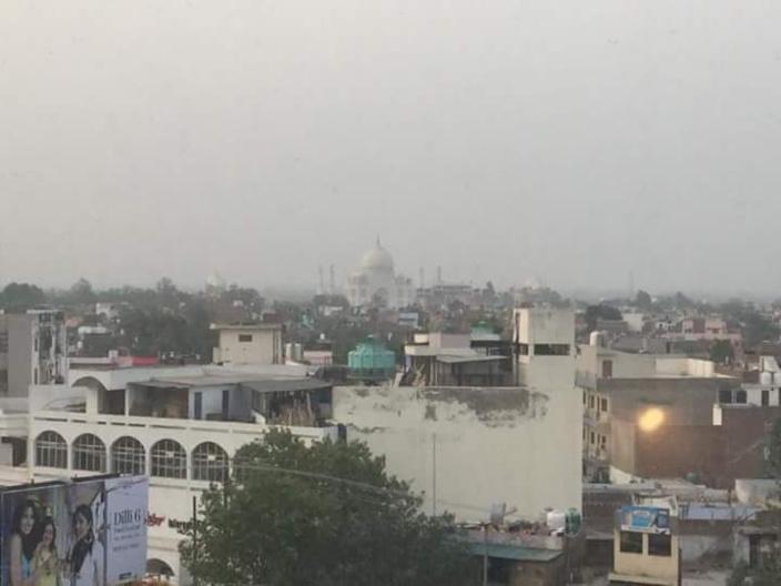 Le Taj Mahal comme décor.