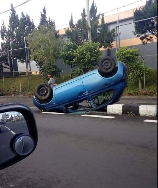 Image du jour : Accident de la route à Curepipe