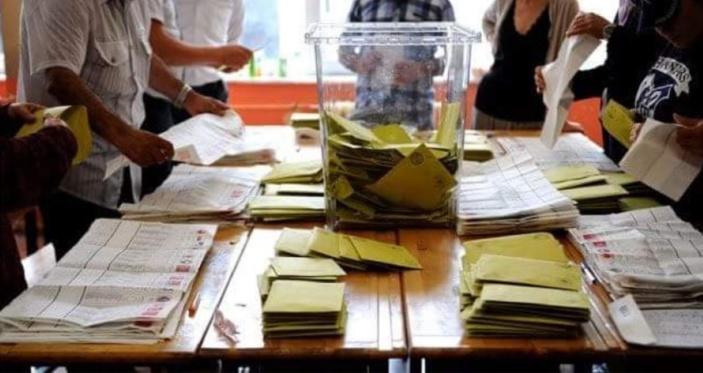 [Dossier] Réforme électorale : Le gouvernement obtiendra-t-il une majorité de trois-quarts ?