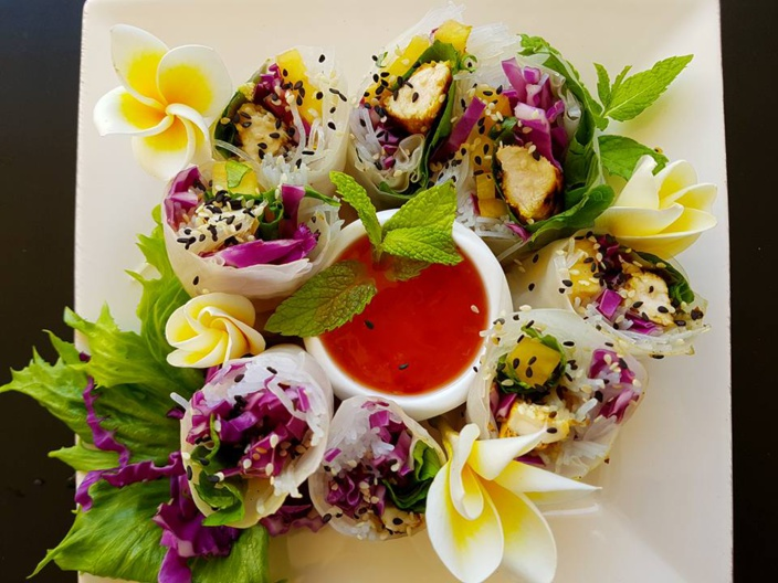 La recette de Emma Healthy Fit : Springs Rolls au Poulet mariné au miel et l'ananas Victoria