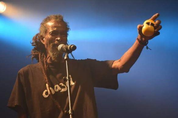 [Vidéo]  Soirée mauricienne : Menwar, un artiste à part