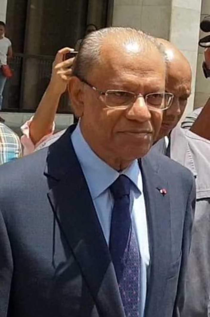 Coffres-forts : Navin Ramgoolam réclame la suspension du procès