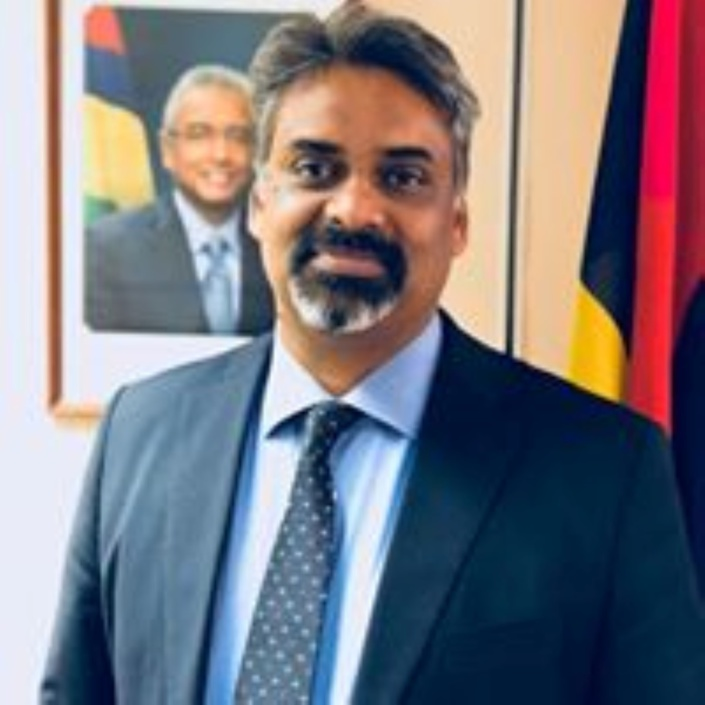 L'Attorney General défend bec et ongles ses amendements