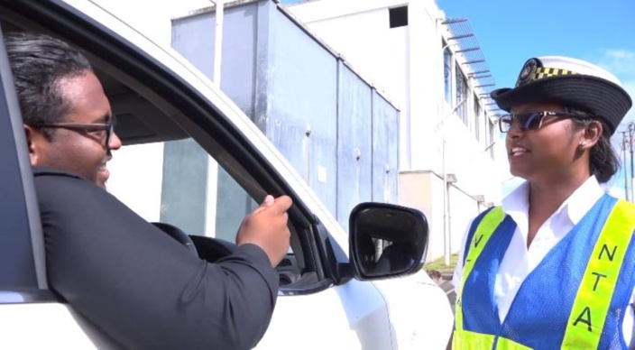 [Vidéo] Désormais le renouvellement des vignettes automobiles peut se faire en ligne