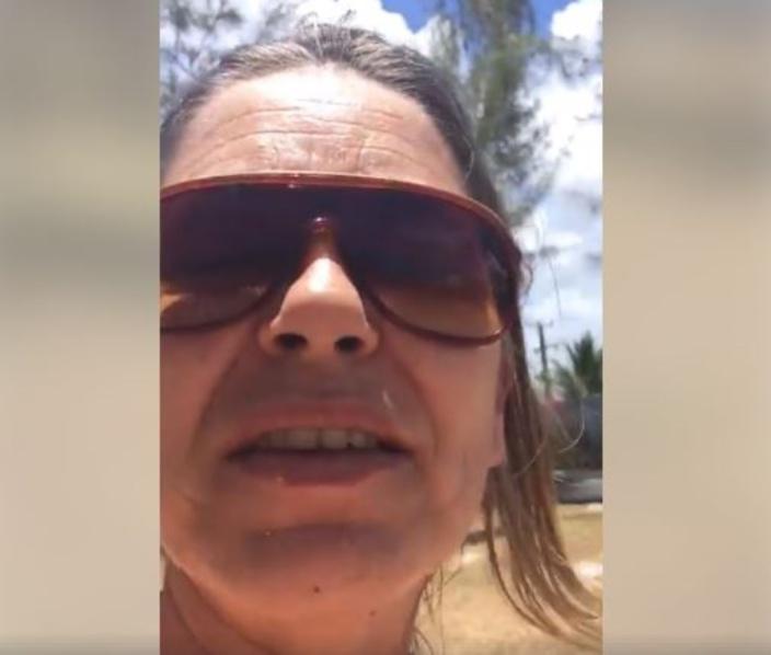 [Vidéo] Coup de gueule : Plage de Belle Mare sous un amas de détritus !