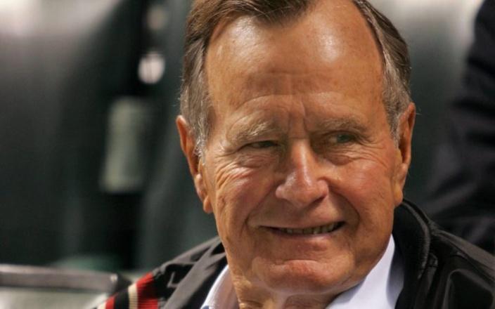 [International] L'ancien président des États-Unis George H. W Bush est mort