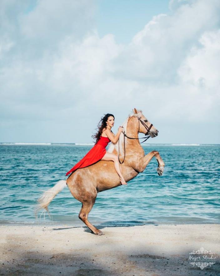 [Vidéo] Noemie Barragan - Son amour pour ses chevaux