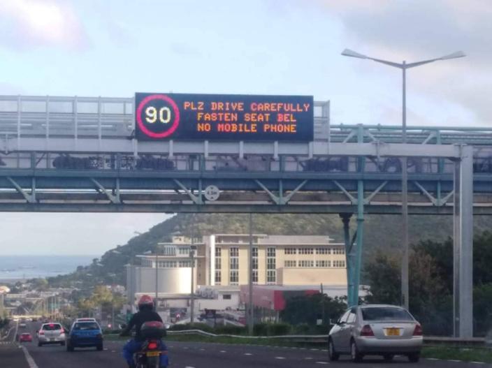 L'image du jour : Quand la sécurité routière tombe dans le panneau !