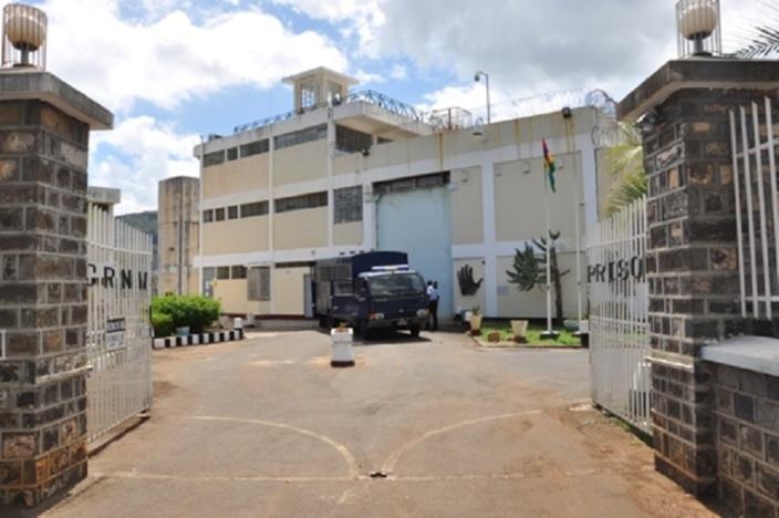 Saisie d'un portable et de cartes SIM à la prison de GRNO