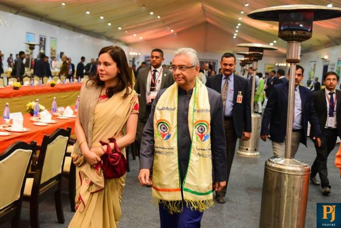 Le couple Jugnauth invité par le très controversé prêtre extrémiste et islamophobe, Yogi Adityanath