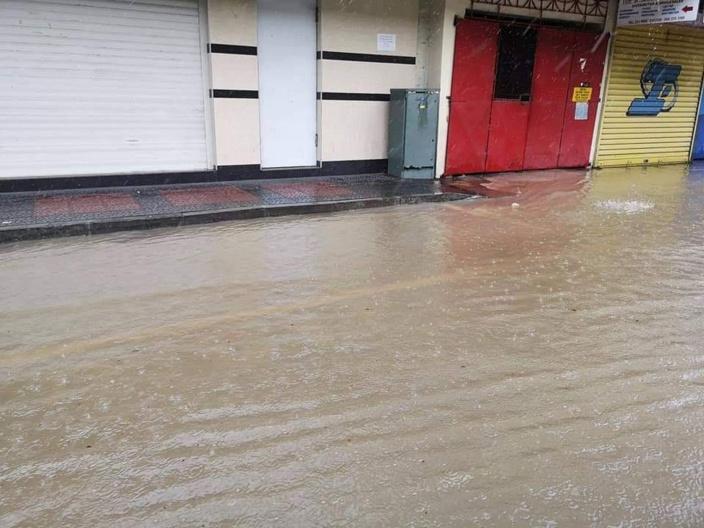 Accumulation d'eau à Port-Louis