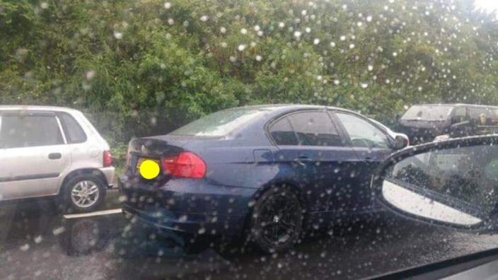 Circulation difficile sur l'autoroute M2 à Midlands