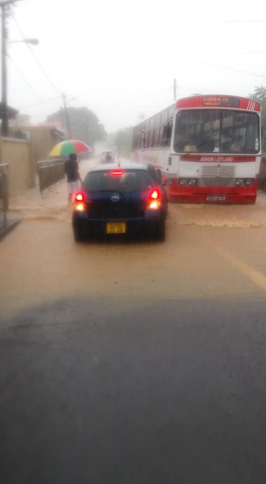 [Diaporama] L'Amitié : route impraticable et inondée à la suite des intempéries
