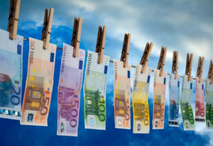 [Exclusivité] Qui est l'heureux veinard qui a bénéficié d'un virement bancaire de Rs 4,2 millions de l'étranger ?