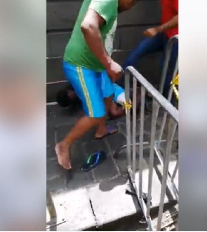Au marché central de Port-Louis : Un voleur se fait lyncher par des passants