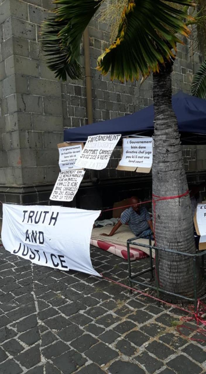4ème jour de la grève de la faim afin de réclamer justice sur leurs terres