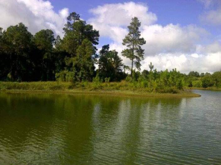 Un homme s'est trouvé en difficulté dans la digue de l'Hermitage : son corps recherché