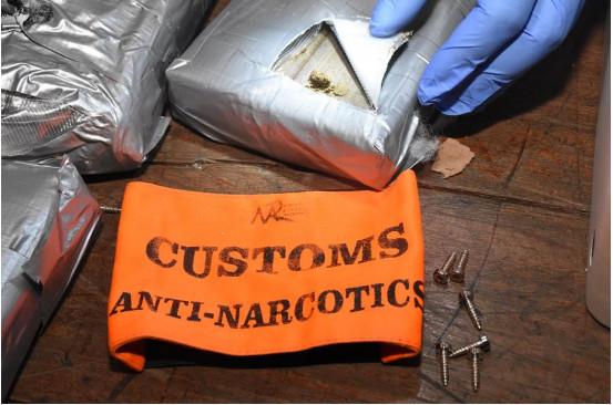 Le Port :  21,4 kilos de haschisch, estimés à Rs 60 millions cachés dans des hauts parleurs