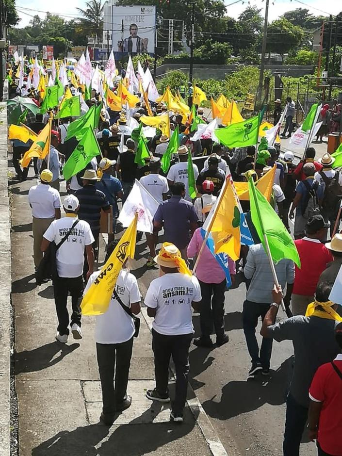 La marche du 1er mai : « Droit Travay, lanatir, nou lavi »