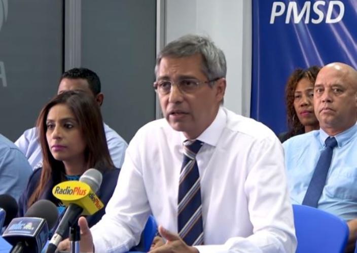 Le leader de l'opposition invite le commissaire à prendre congé durant l'enquête Mike Brasse