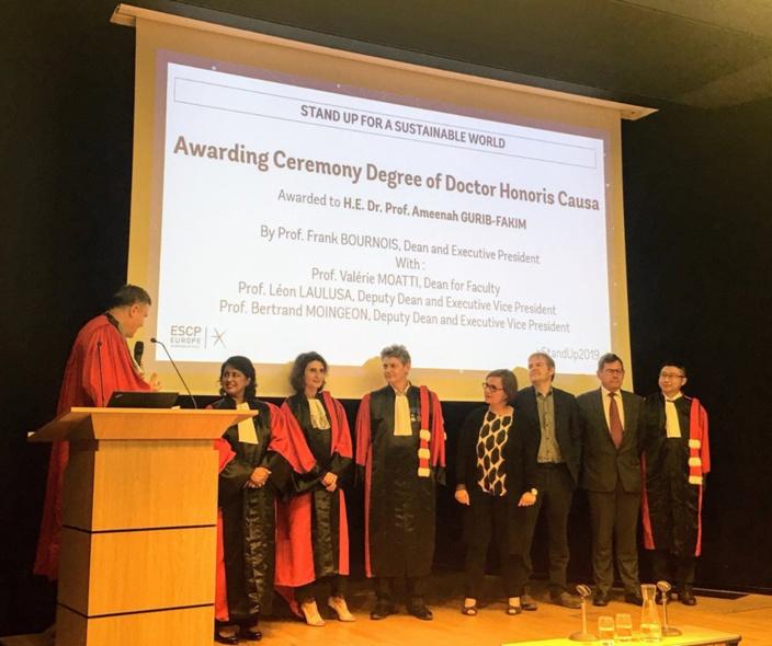 Ameenah Gurib-Fakim faite Doctor Honoris Causa par la business school ESCP Europe