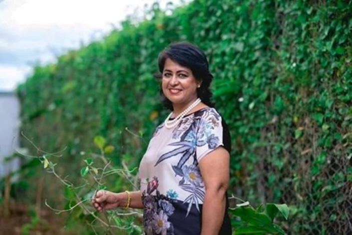 Ameenah Gurib-Fakim prend la défense des arbres