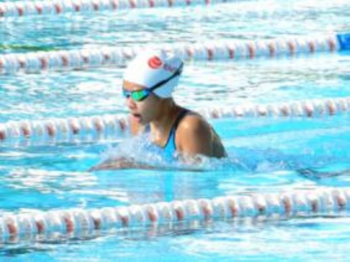 JIOI 2019 - Natation : Alicia Kok Shun remporte la médaille d'or au 50 mètres brasse dame