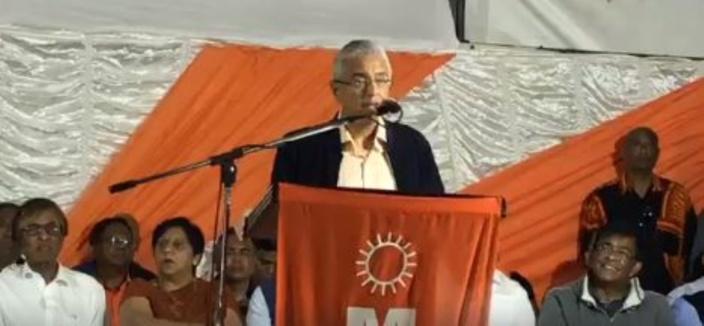 Pravind Jugnauth fustige ses adversaires politiques mais surtout l'express