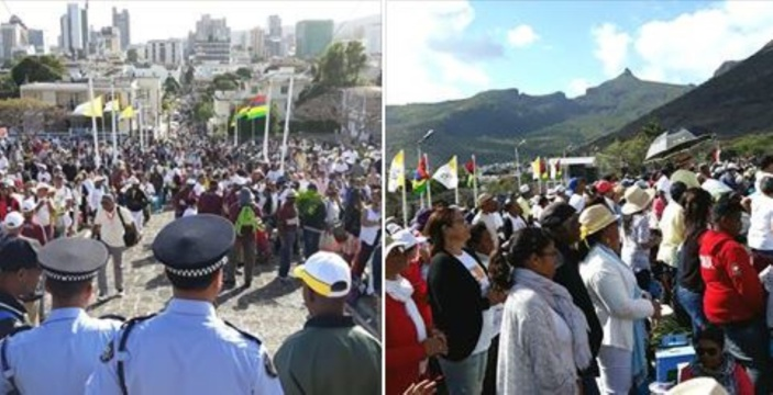 📷 Visite papale : Des milliers de fidèles à Marie Reine De La Paix