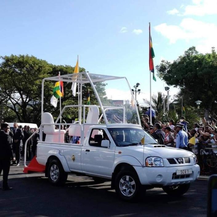 Visite papale : La papamobile made in Mauritius a attiré tous les regards