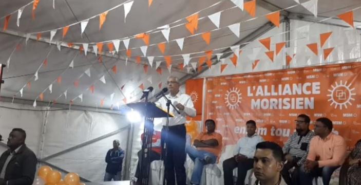 A Saint-Pierre, Pravind Jugnauth fait basculer la campagne dans le communautarisme