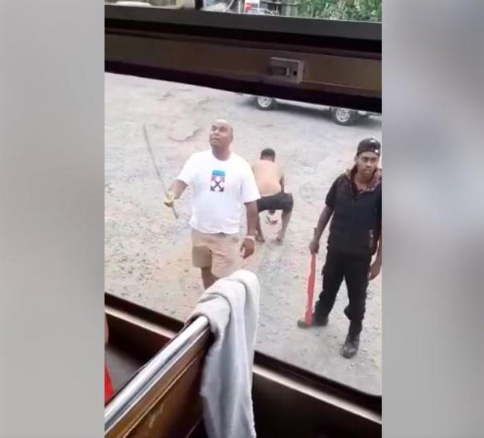 Agression à Balaclava : 3 suspects arrêtés puis relâchés dans la nature...