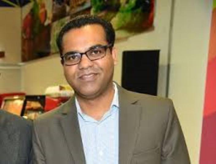 Kavi Doolub ancien animateur radio et néophyte en politique