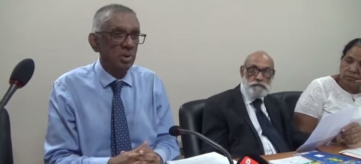 C'est un délit de sortir un bulletin du centre de vote, affirme Irfan Rahman