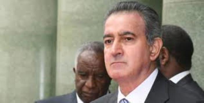La BOM accuse Dawood Rawat d'avoir commis une violation du secret bancaire