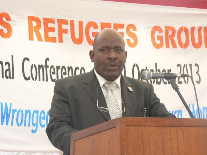 Des Chagossiens devant l'ambassade britannique à la mi-journée