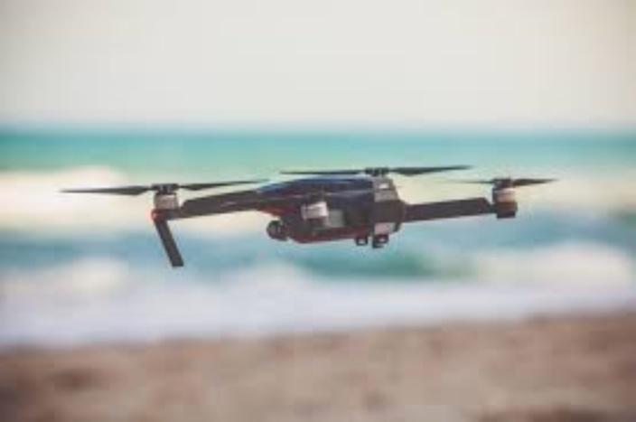 Sorèze : Un voyeur espionne la piscine de ses voisins...avec un drone