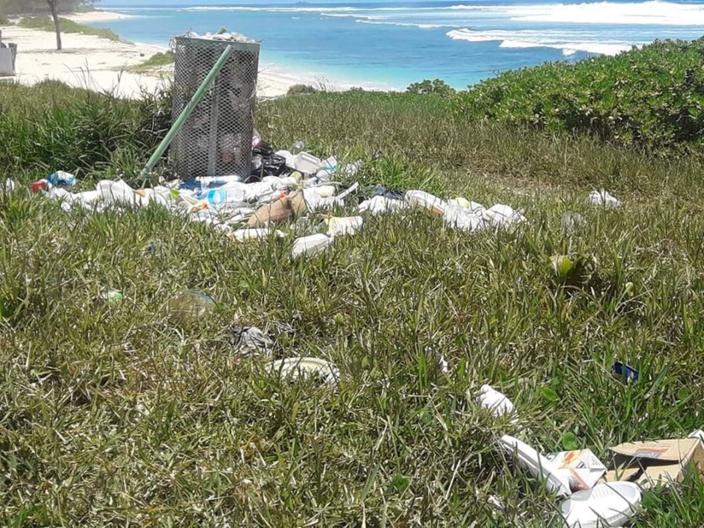 📷 Un dimanche sur la plage de Pomponette vire au cauchemar pour les pique-niqueurs