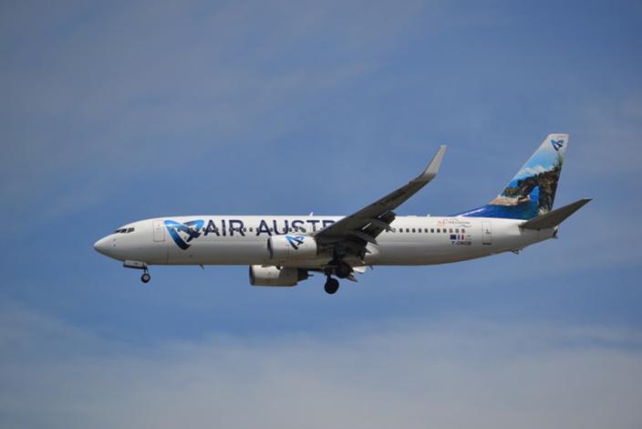 En partance pour Maurice, un avion d'Air Austral fait demi-tour en plein vol vers St Denis