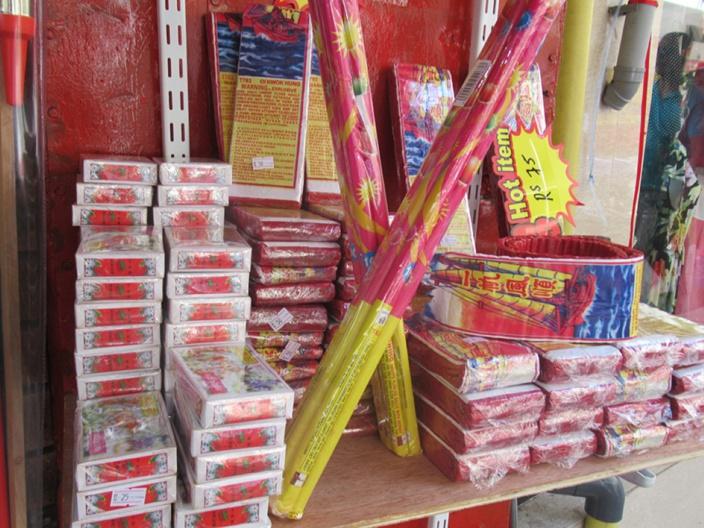 Pétards et feux d'artifice pour les fêtes : Un marché lucratif