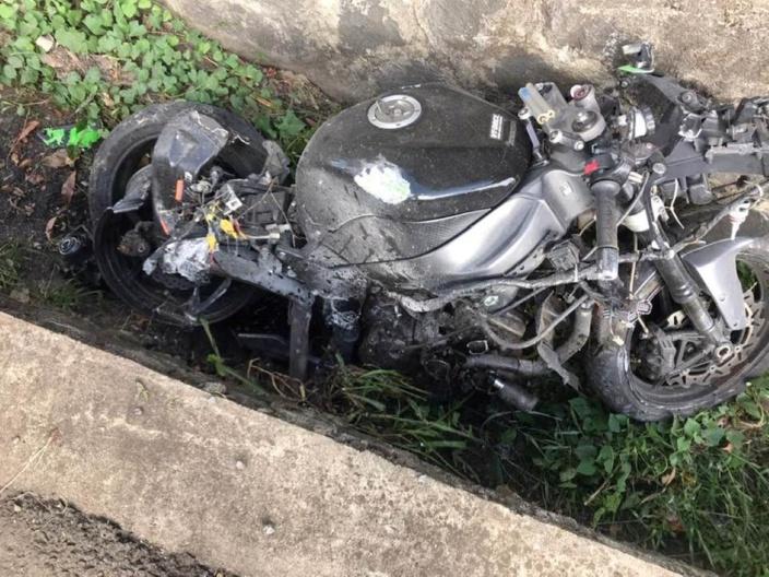 Trianon : Un motocycliste âgé de 19 ans perd la vie dans un accident