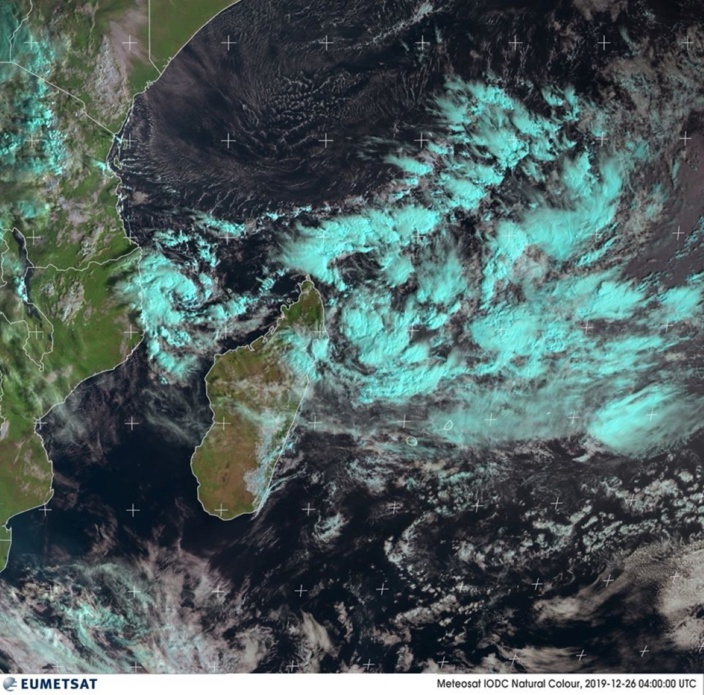 Futur Calvinia :  Avertissement cyclonique 1 fort probable à Maurice ce samedi