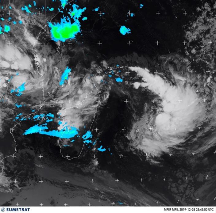 Un avertissement de cyclone de classe I est en vigueur à Maurice
