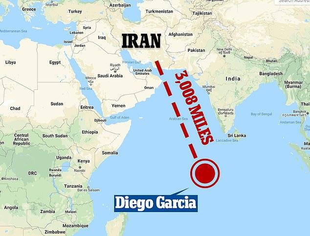 Diego Garcia est situé à environ 1 000 miles au sud de l'Inde et se trouve à plus de 3 000 miles de l'Iran.