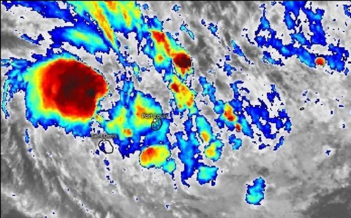 La Tempête Tropicale 'Diane' s'approche de Maurice et représente une menace