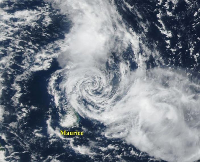 Francisco est à 80/90 km au Nord de Cap Malheureux : temps orageux et venteux ce soir
