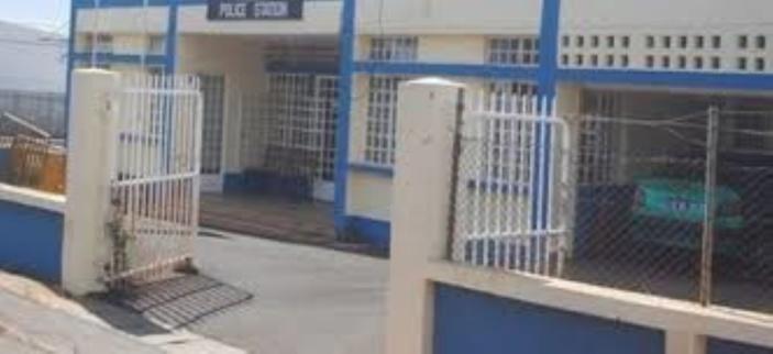 Calebasses : Elle vendait la drogue en face d'une école